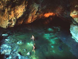 Der Höhlensee der Taubenhöhle