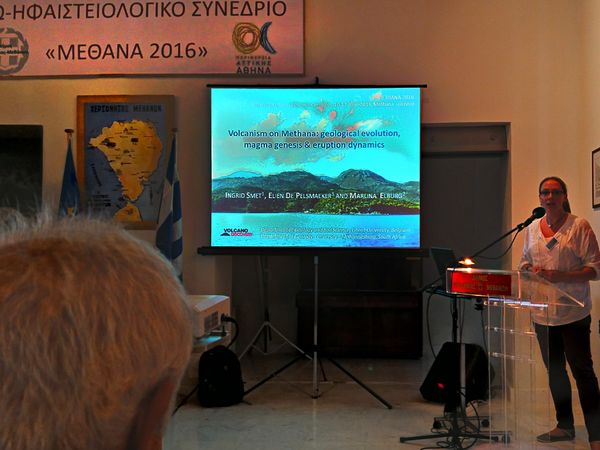 Ingrid Smet was presenting her PHD about the Methana volcano. (c) Tobias Schorr